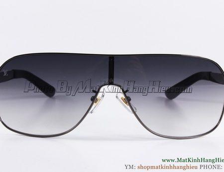 Louis Vuitton Z0133w c resize 5